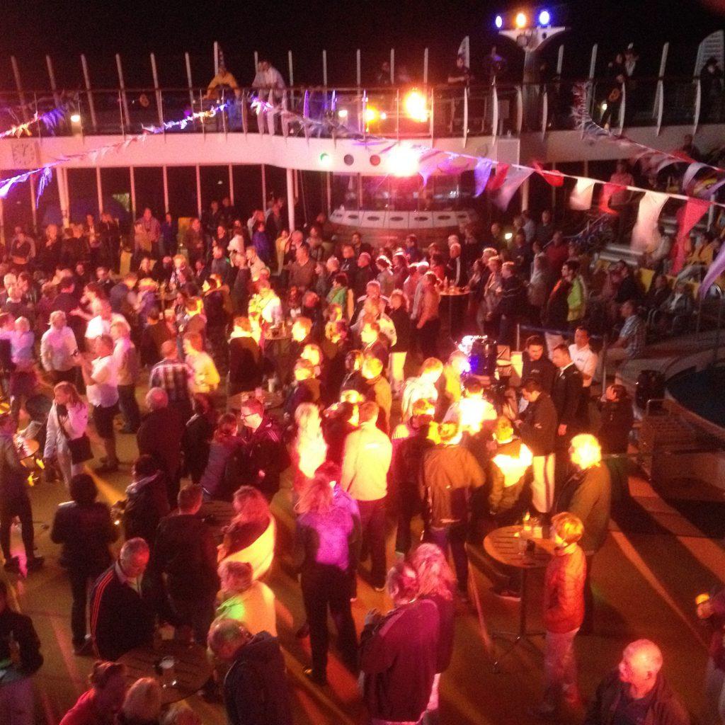 Sailaway Party auf der AIDAsol im Hafen von Cran Canaria bei unserer 1. Kreuzfahrt