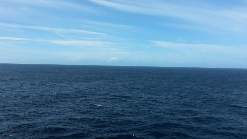 Auf meinem Reiseblog - Seetag auf unserer Kreuzfahrt mit Blick über den Atlantik