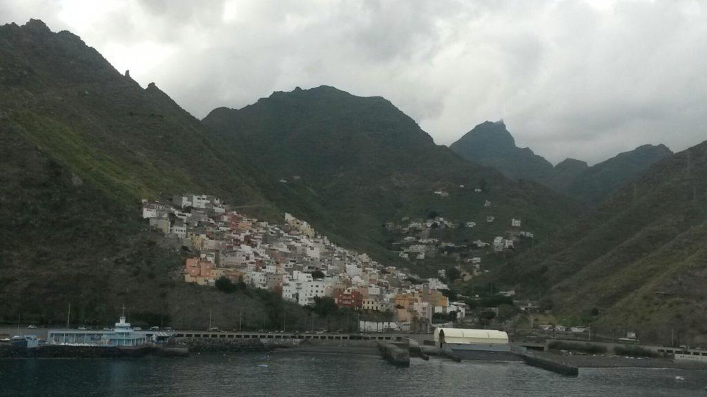 Letzter Blick auf Teneriffa beim Auslaufen aus dem Hafen