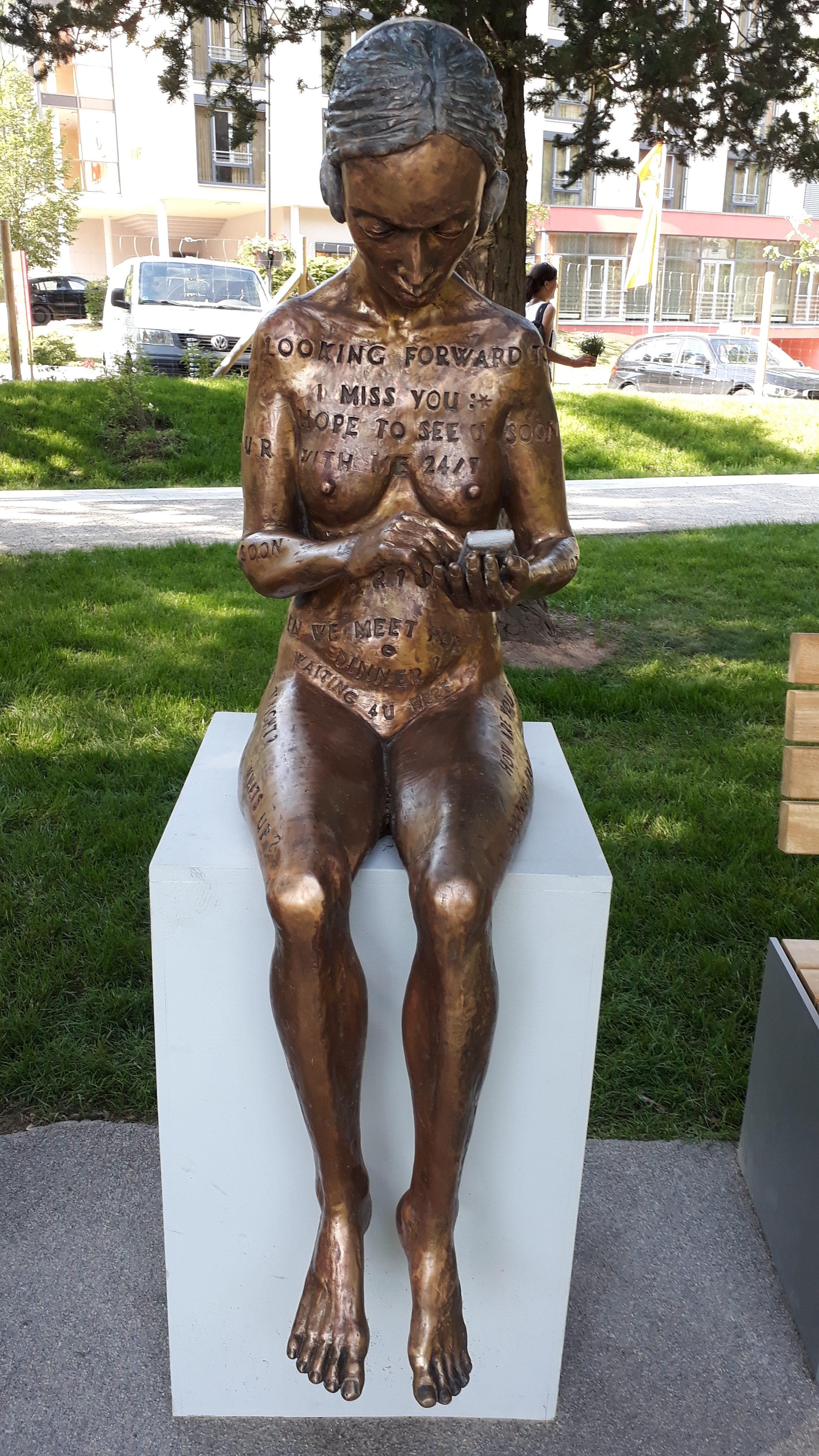 Online-Romance im einmaligen Skulpturenpark der Gartenschau in Bad Herrenalb www.bestager-reiseblog.de