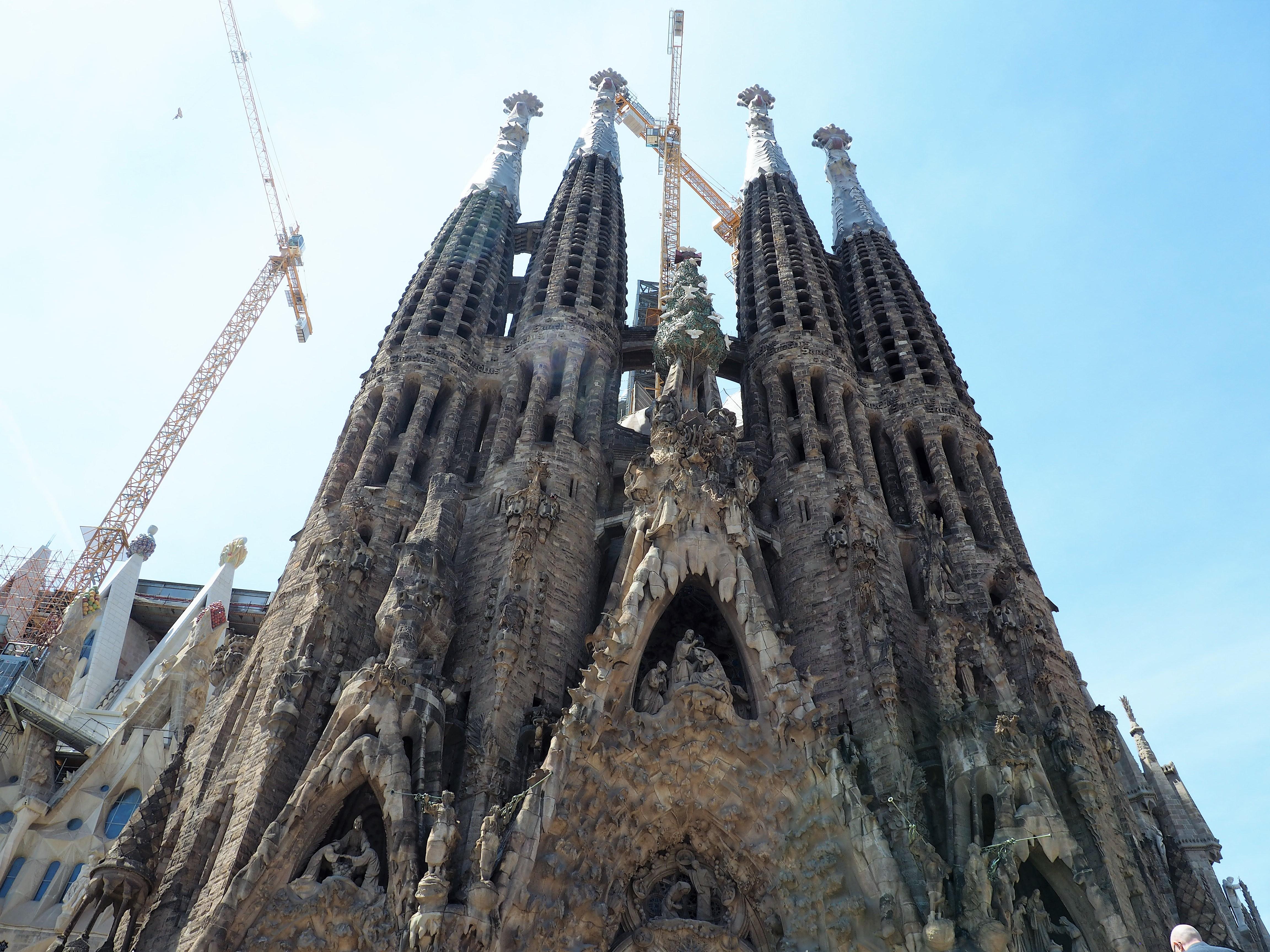 Ein unvollendetes Meisterwerk Gaudis Sagrada Familia, auf unserer Tour auf eigene Faust durch Barcelona
