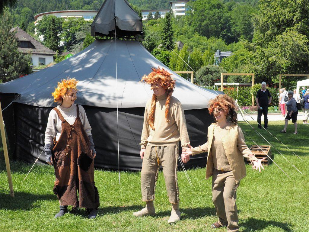 Trolle aus dem tiefen Wald bei Simmersfeld stellen das Regionentheater vor www.bestager-reiseblog.de