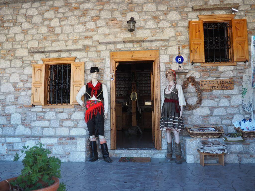 Eingang zum Folkloremuseum im Weindorf Embonas