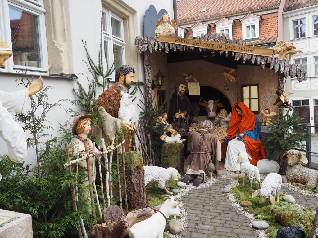 Wunderbare Großkrippe am Dohlushaus in Bamberg