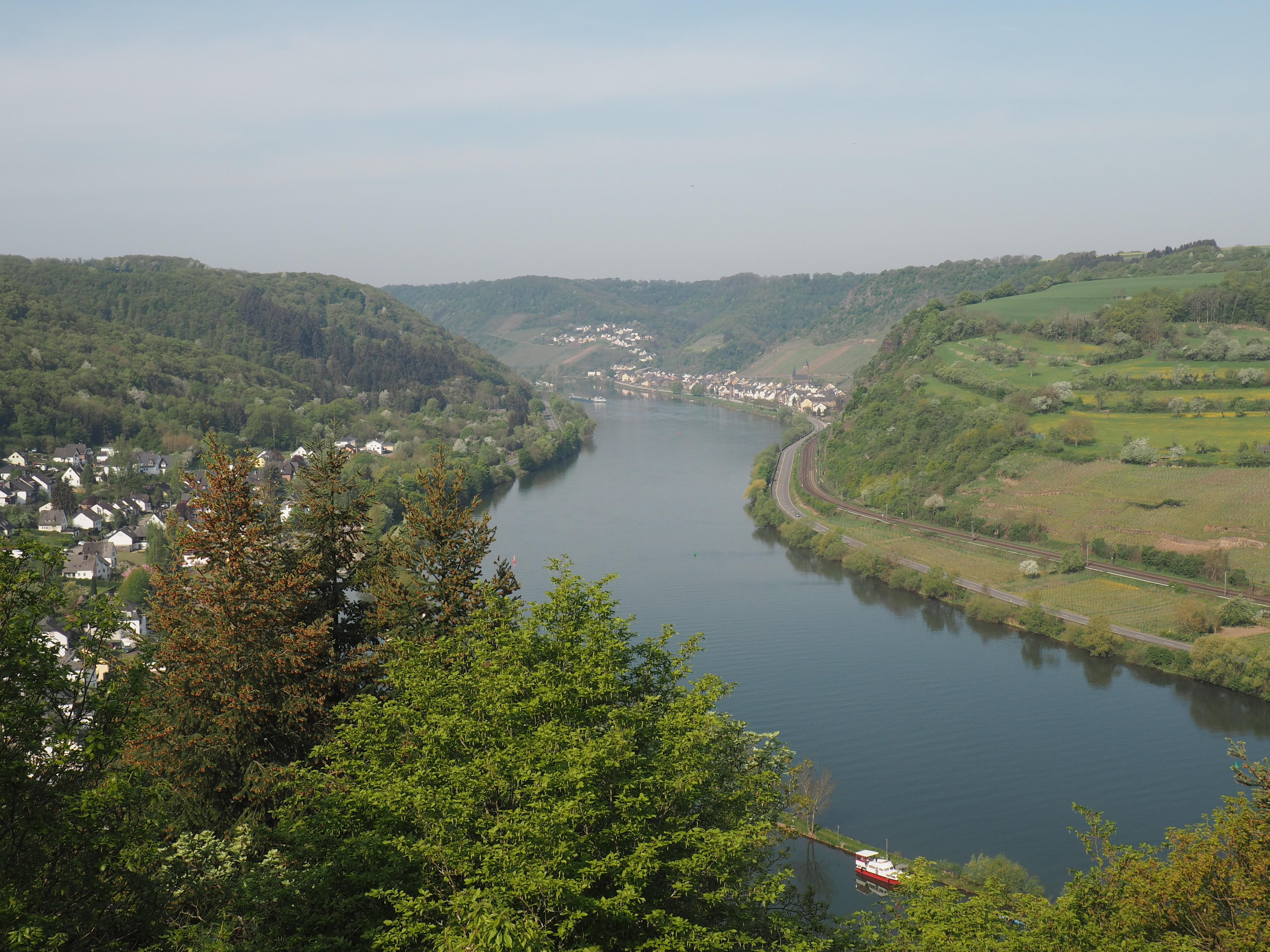 Erster Blick bei der Anreise zur Bloggerreise auf Brodenbach und die Mosel
