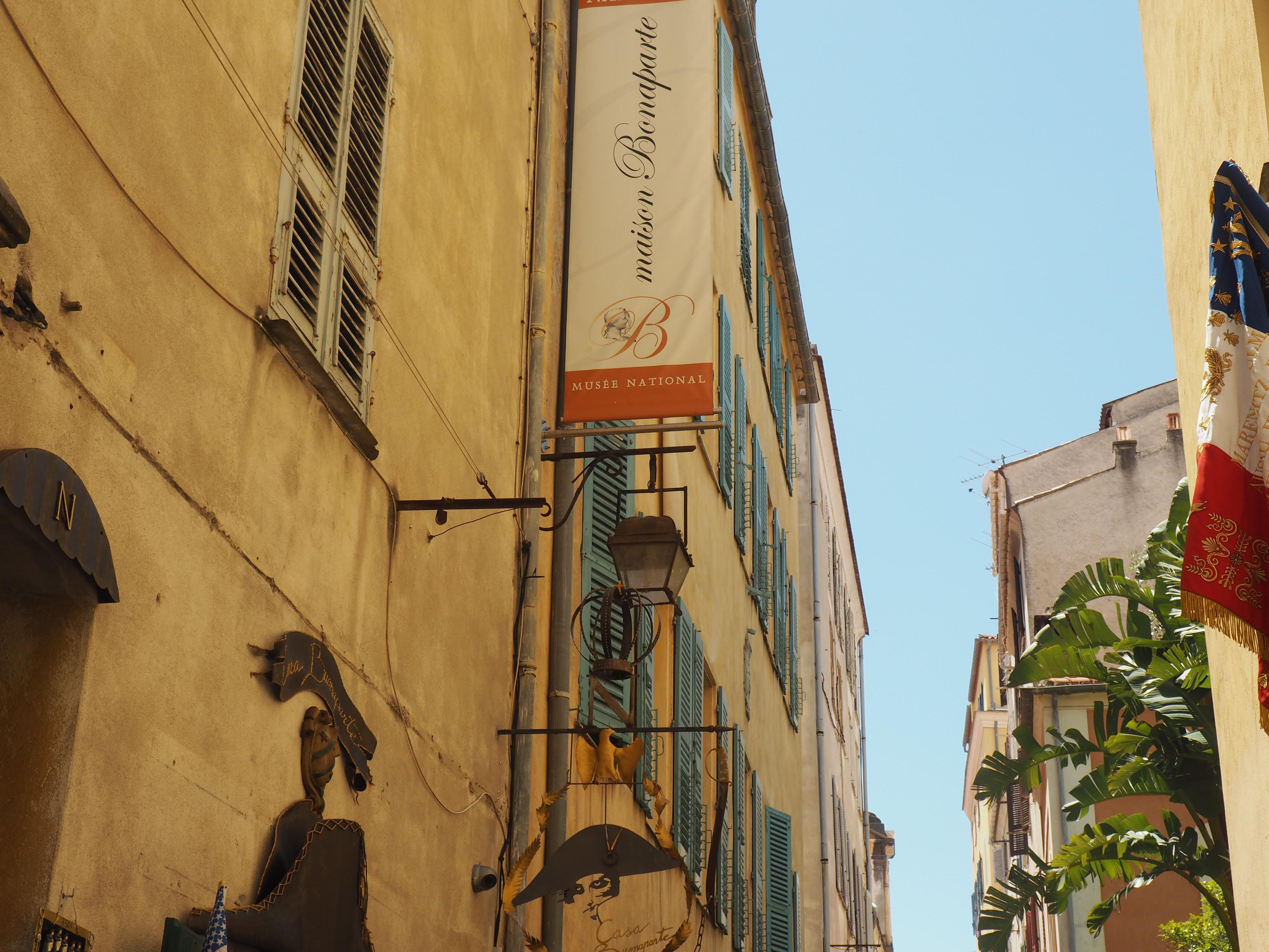 Das Geburtshaus von Napoleon Bonaparte, versteckt in einer Seitengasse von Ajaccio auf Korsika