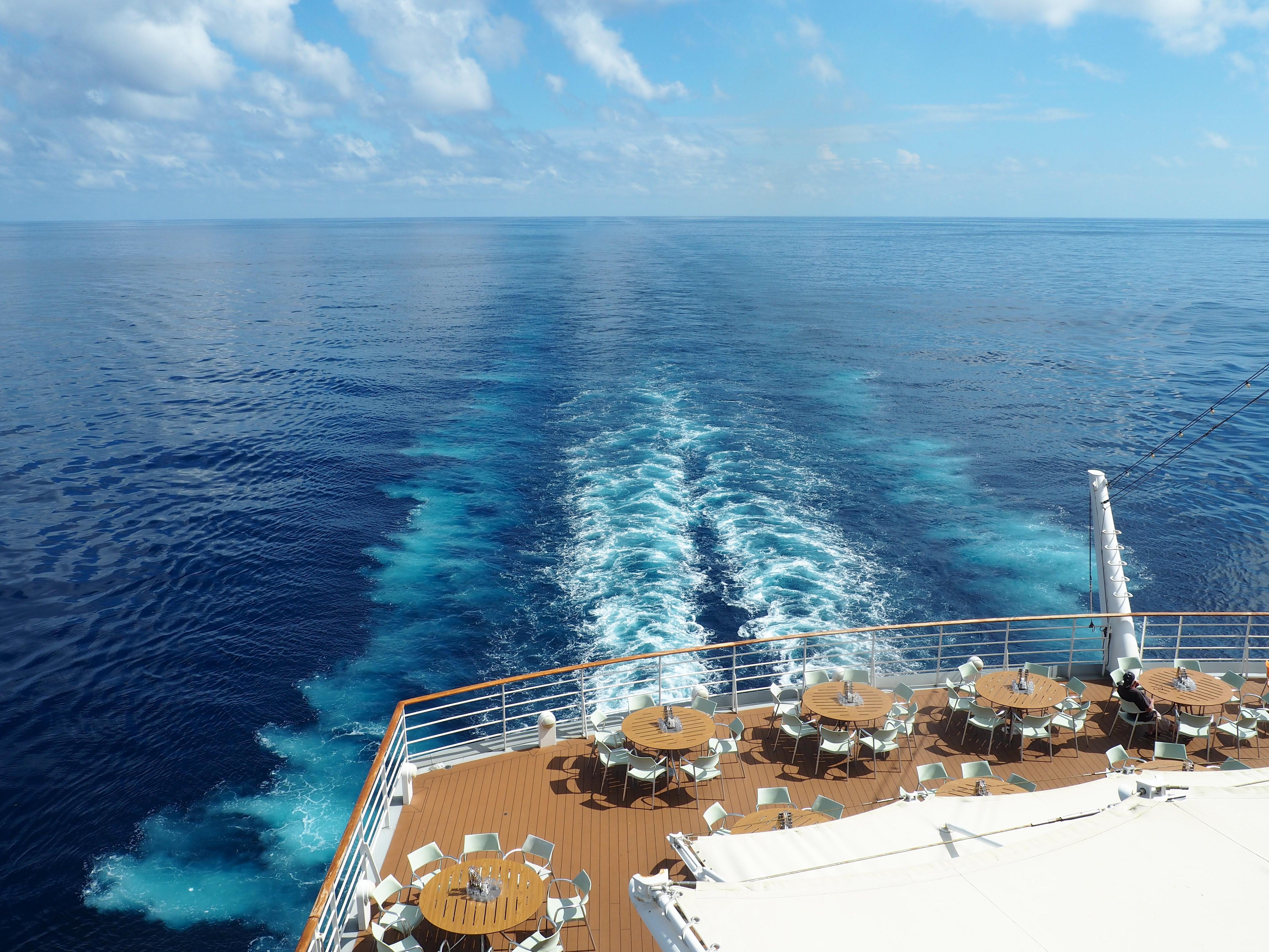 Chillen am Seetag während einer Kreuzfahrt