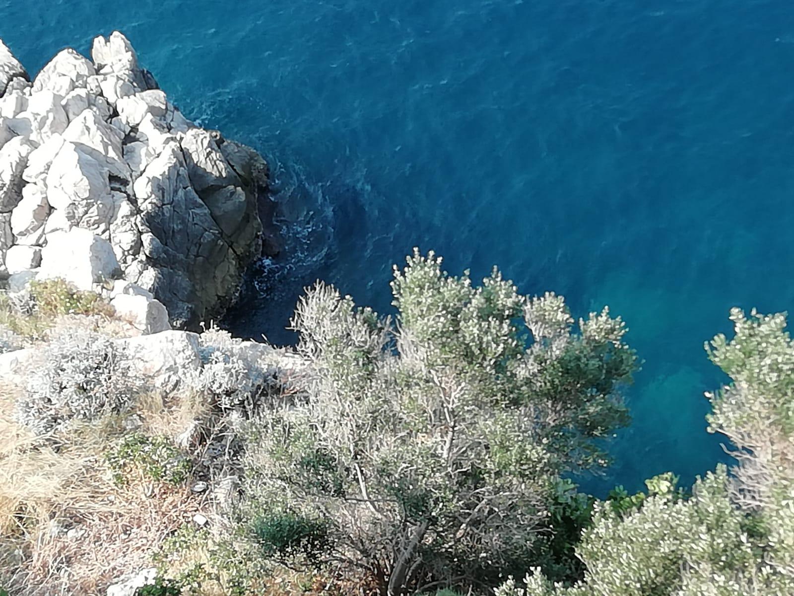 Blick von der Stadtmauer in Dubrovnik