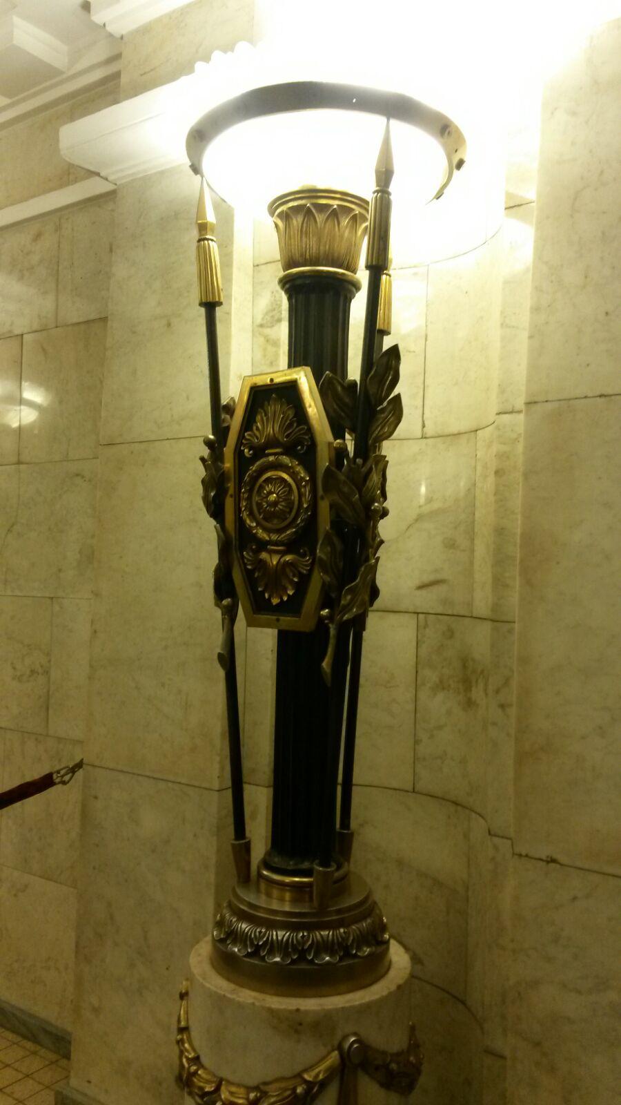 Selbs die Metro in St. Petersburg zählen zu den Sehenswürdigkeiten der Stadt