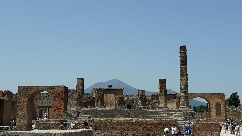 Die antike Stadt Pompeji, die vor nahezu 2000 Jahren bei einem verheerenden Ausbruch des Vesuvs vom Erdboden verschwand
