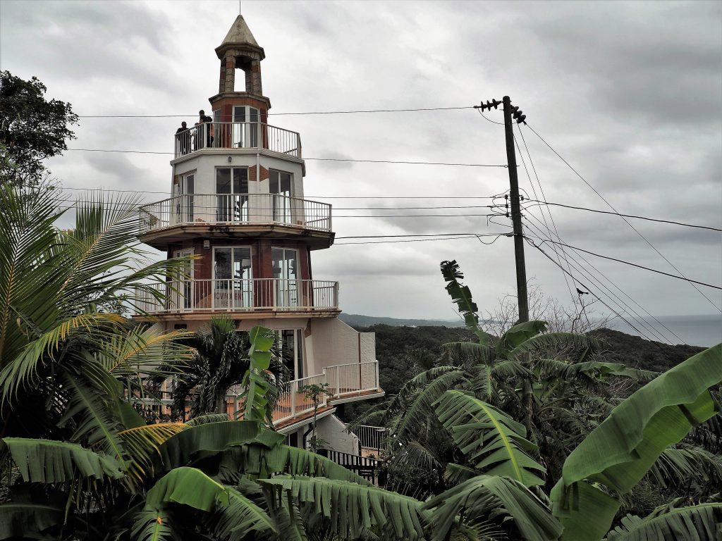 Leuchtturm im Dschungel von Roatan