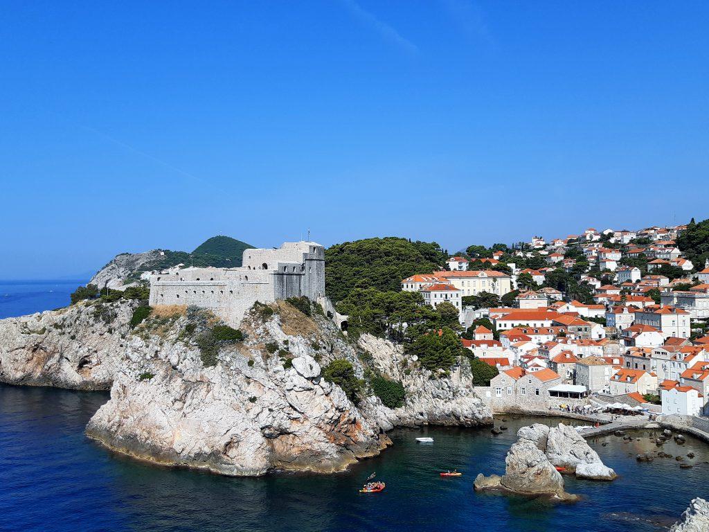 Kreuzfahrt durch die Adria - Dubrovnik mit der Stadtmauer auf eigene Faust entdecken