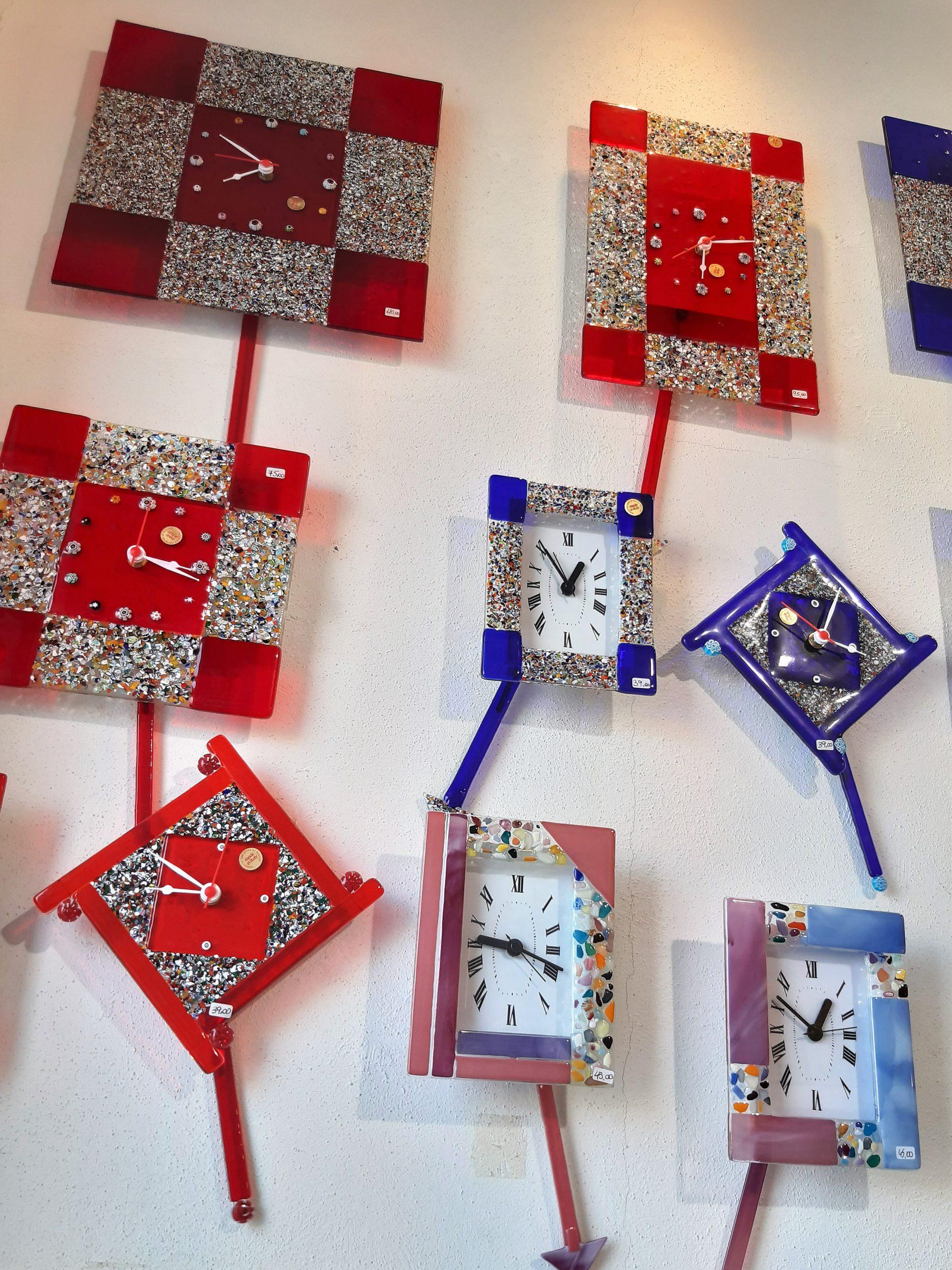 Bunte Kunstwerke aus Glas, Murano