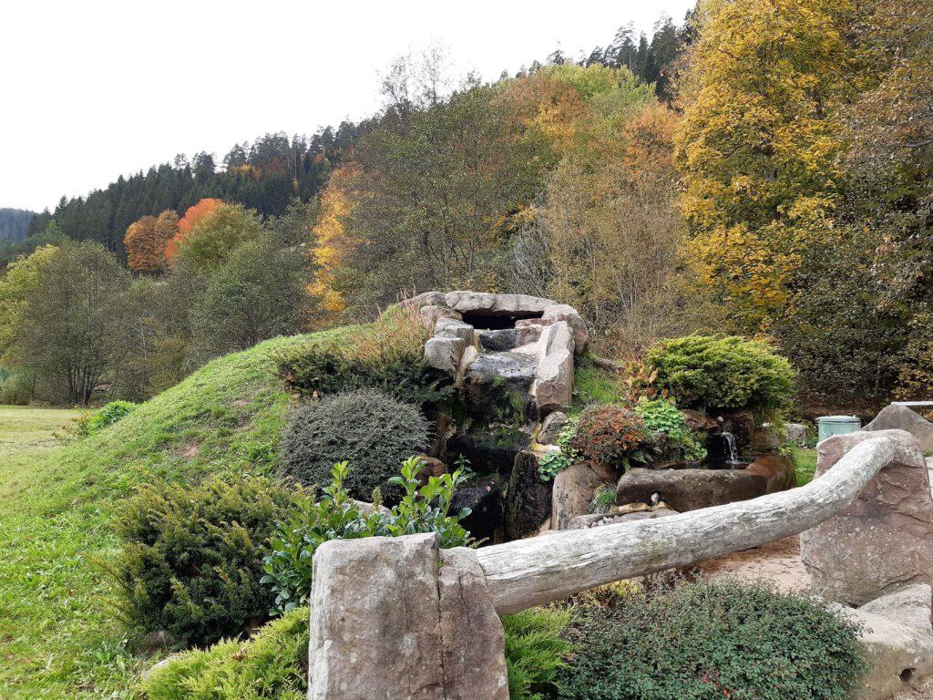 Brunnenanlage am Sankenbachsteig